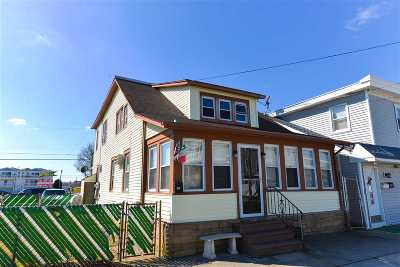 Wildwood Multi Family Home For Sale: 408 E 26th Street