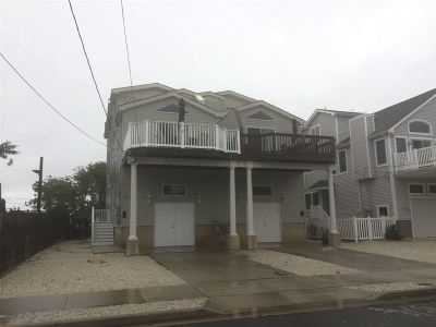 Avalon Townhouse Under Contract: 214 27th Street , East Side #east