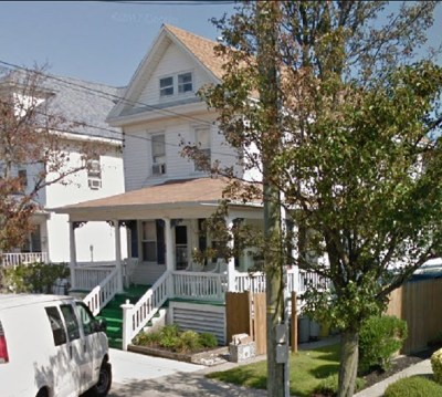 Wildwood Single Family Home Under Contract: 233 E Montgomery Avenue