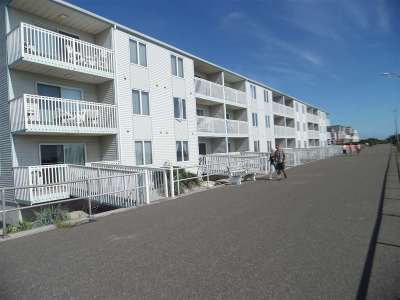 Sea Isle City Condo For Sale: 3400 Boardwalk #1d #1D