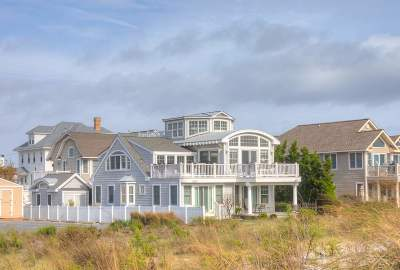 Stone Harbor NJ Single Family Home Under Contract: $2,995,000