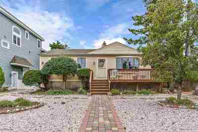 Single Family Home For Sale: 3864 Dune Drive