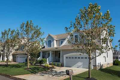 Single Family Home For Sale: 6 N 6th Street