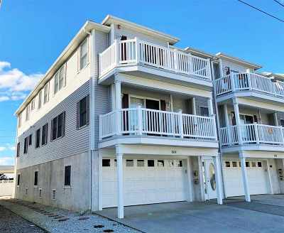 Wildwood Condo Under Contract: 604 W Burk Avenue #2