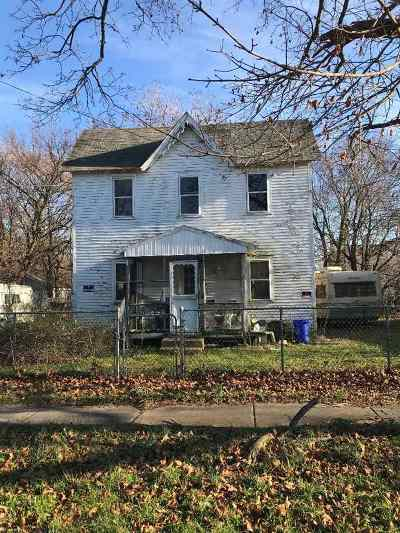 Single Family Home For Sale: 341 Washington Avenue