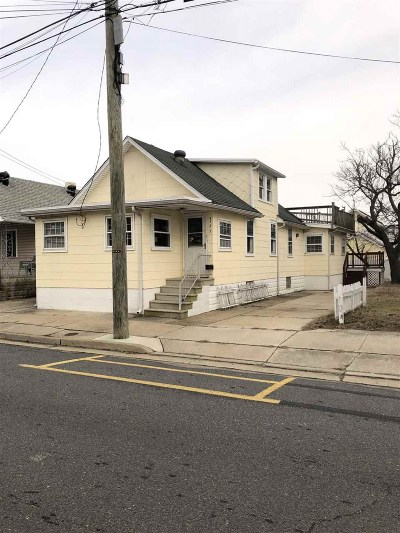 Wildwood Multi Family Home For Sale: 333 W Andrews Avenue