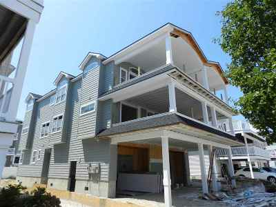 Townhouse For Sale: 26 77th Street #East Uni
