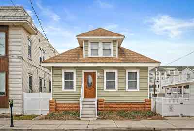 Wildwood Single Family Home For Sale: 318 E 26th Avenue
