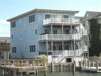 Avalon Townhouse Under Contract: 2256 Ocean Drive #2256
