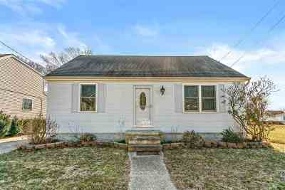 Single Family Home For Sale: 206 Frances Avenue