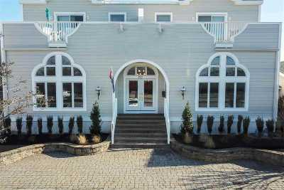 Avalon Townhouse Under Contract: 2825 S Dune Drive #South