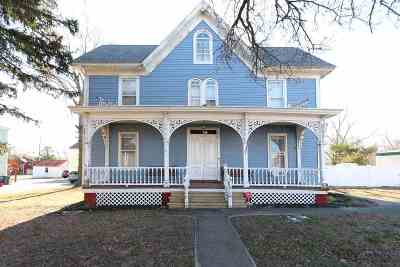 Single Family Home For Sale: 20 N Main Street