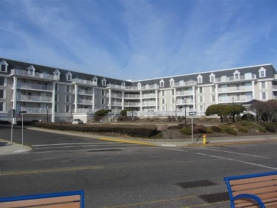 Cape May Condo For Sale: 10 Congress Street #401