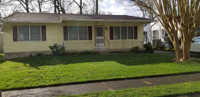 North Cape May Single Family Home For Sale: 221 Sivia Street