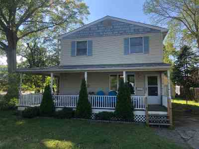 Single Family Home For Sale: 207 Sayre Road