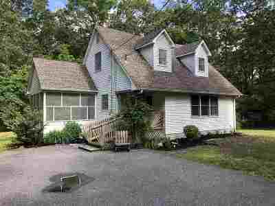 Single Family Home Under Contract Con/Show: 8 Killdeer Hill Road