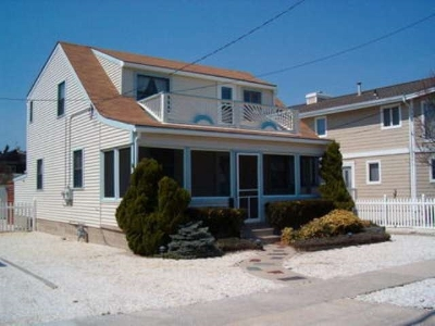 Stone Harbor NJ Single Family Home For Sale: $1,750,000