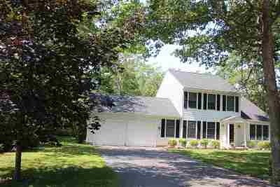 Single Family Home For Sale: 2 Coventry Lane
