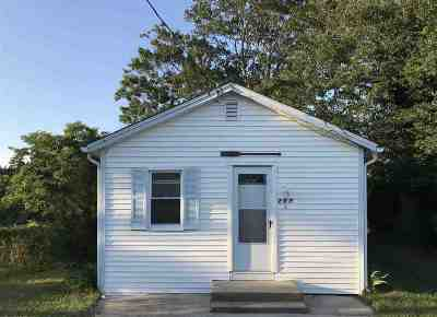 Villas Single Family Home Under Contract: 207 Woodland Ave