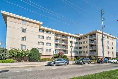 Stone Harbor NJ Condo For Sale: $550,000