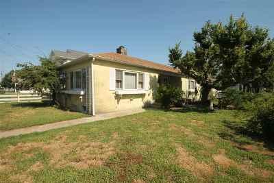 Single Family Home For Sale: 123 E Saint John Avenue
