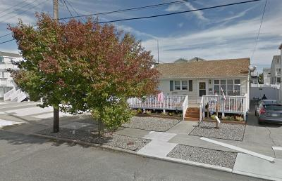 Sea Isle City Single Family Home For Sale: 121 69 Th Street