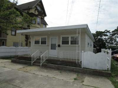 Wildwood Single Family Home For Sale: 232 E Lincoln
