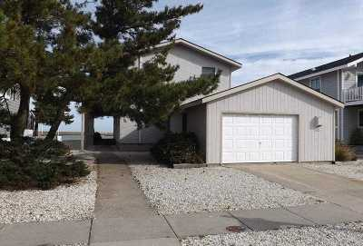 Avalon Single Family Home For Sale: 162 Pelican Drive