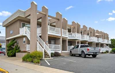 Stone Harbor NJ Condo Under Contract: $299,000