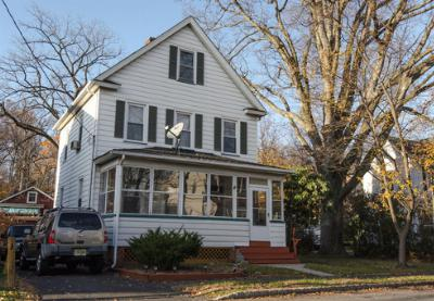 Single Family Home Sold: 9 Hughes Pl