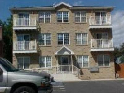 Elizabeth City NJ Condo/Townhouse SOLD: $100,000