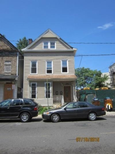 Multi Family Home SOLD: 373 S 10th St
