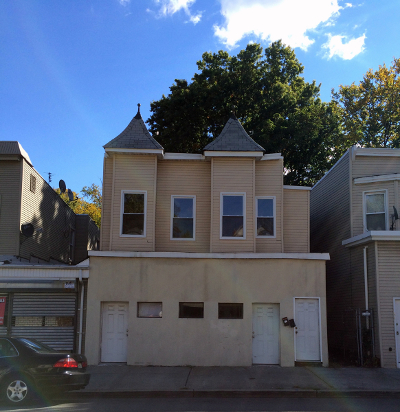 Multi Family Home For Sale: 152 Sanford St