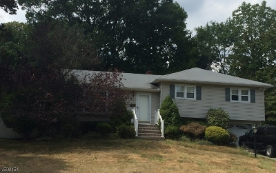 Wayne Twp. Single Family Home Active Under Contract: 7 Andover Dr
