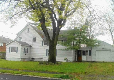 Springfield Twp. Single Family Home For Sale: 70 Morrison Rd