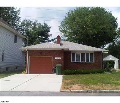 Edison Twp. Single Family Home For Sale: 85 Elmwood Ave