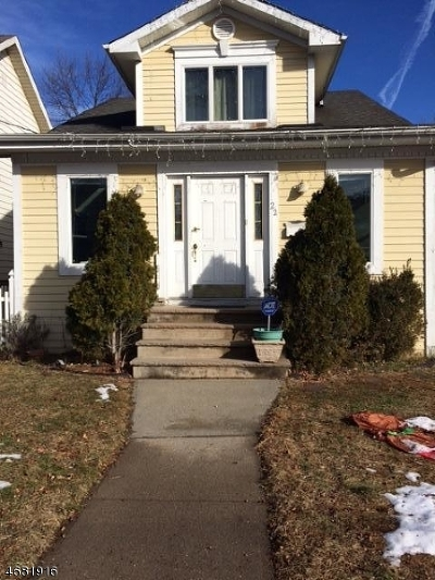 Maplewood Twp. Single Family Home For Sale: 22 Harding St