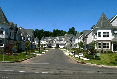 Warren Twp. Condo/Townhouse For Sale: 3 Park View Dr #34