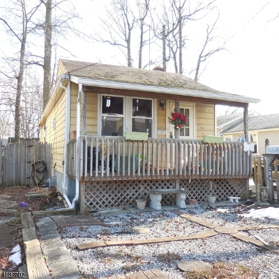 Old Bridge Twp. Single Family Home For Sale: 324 Prospect Ave