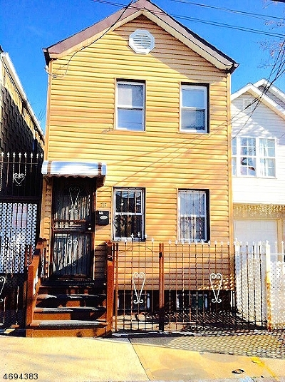 Ironbound Single Family Home For Sale: 26 Joseph St