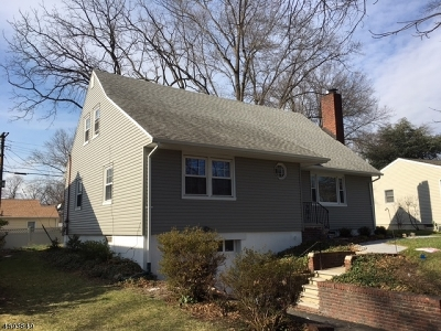Rahway City Single Family Home For Sale: 821 Midwood Dr