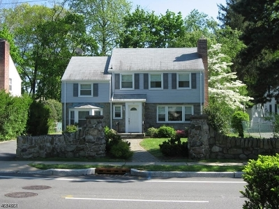 Morristown Single Family Home For Sale: 71 Morris Ave