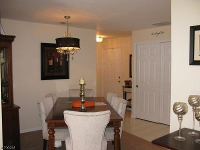 Bernards Twp. Condo/Townhouse For Sale: 141 Jamestown Rd