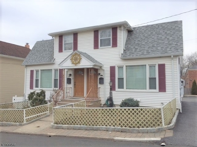 Springfield Twp. Multi Family Home For Sale: 30 Colonial Ter