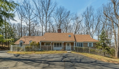 WATCHUNG Single Family Home Active Under Contract: 200 Washington Rock Rd