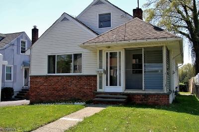 Union Twp. Single Family Home For Sale: 2086 Leonard Ter