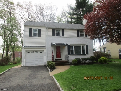Union Twp. Single Family Home For Sale: 765 Suburban Rd