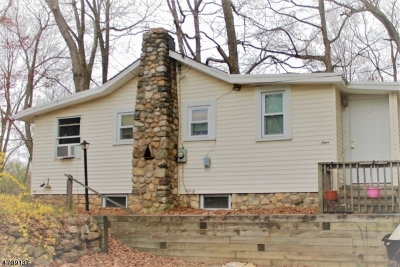 Mount Olive Twp. Multi Family Home For Sale: 3 Birchwood Dr