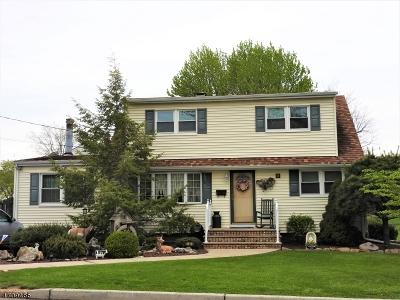 Woodbridge Twp. Single Family Home For Sale: 139 Bender Ave