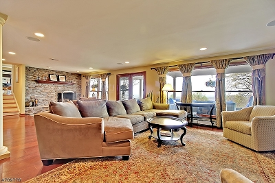 Bridgewater Twp. Single Family Home For Sale: 48 Hillcrest Rd